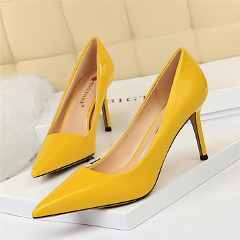 2020 New Women Yellow Blue 8.5cm High Heels Pumps Patent Leather Female Scarpins Office Pointed Toe Tacons Pumps Shoes Plus Size