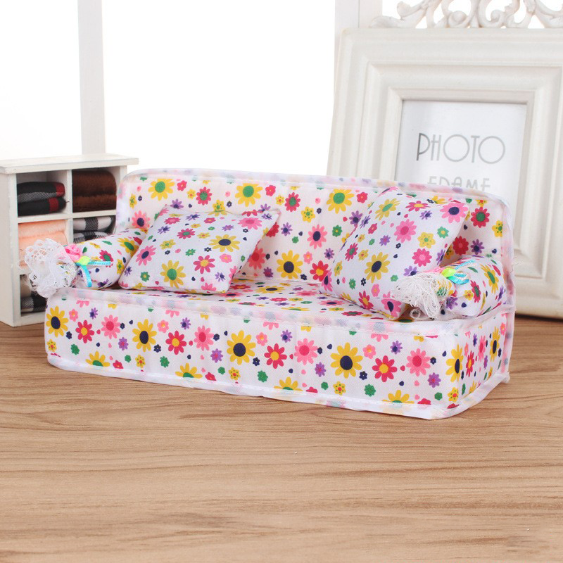 2020 Hot Sale  Mini Sofa Furniture Toy Flower Sofa 20cm Couch +2 Cushions For Doll House Accessories Doll Couch