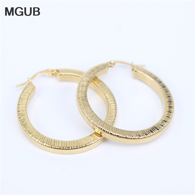Stainless Steel Golden Hoop Earrings For Women Girls Large Big Circle Smooth Simple Exaggeration Personality Wild LH795
