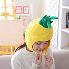Мягкая теплая шапка с ананасом, плюшевые шапки с фруктами, наушники из полипропилена и хлопка, шапки для женщин, шапка для взрослых, плюшевые игрушки для девочек, реквизит для фотосессии 35*26