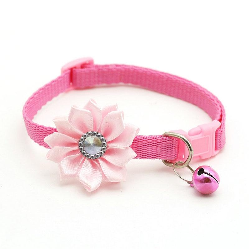 Ошейник для питомца собаки колокольчик цветок ожерелье ошейник для маленькой собаки щенок Пряжка ошейник для кошки колокольчик цветок товары для питомцев аксессуары для собак - Цвет: Pink