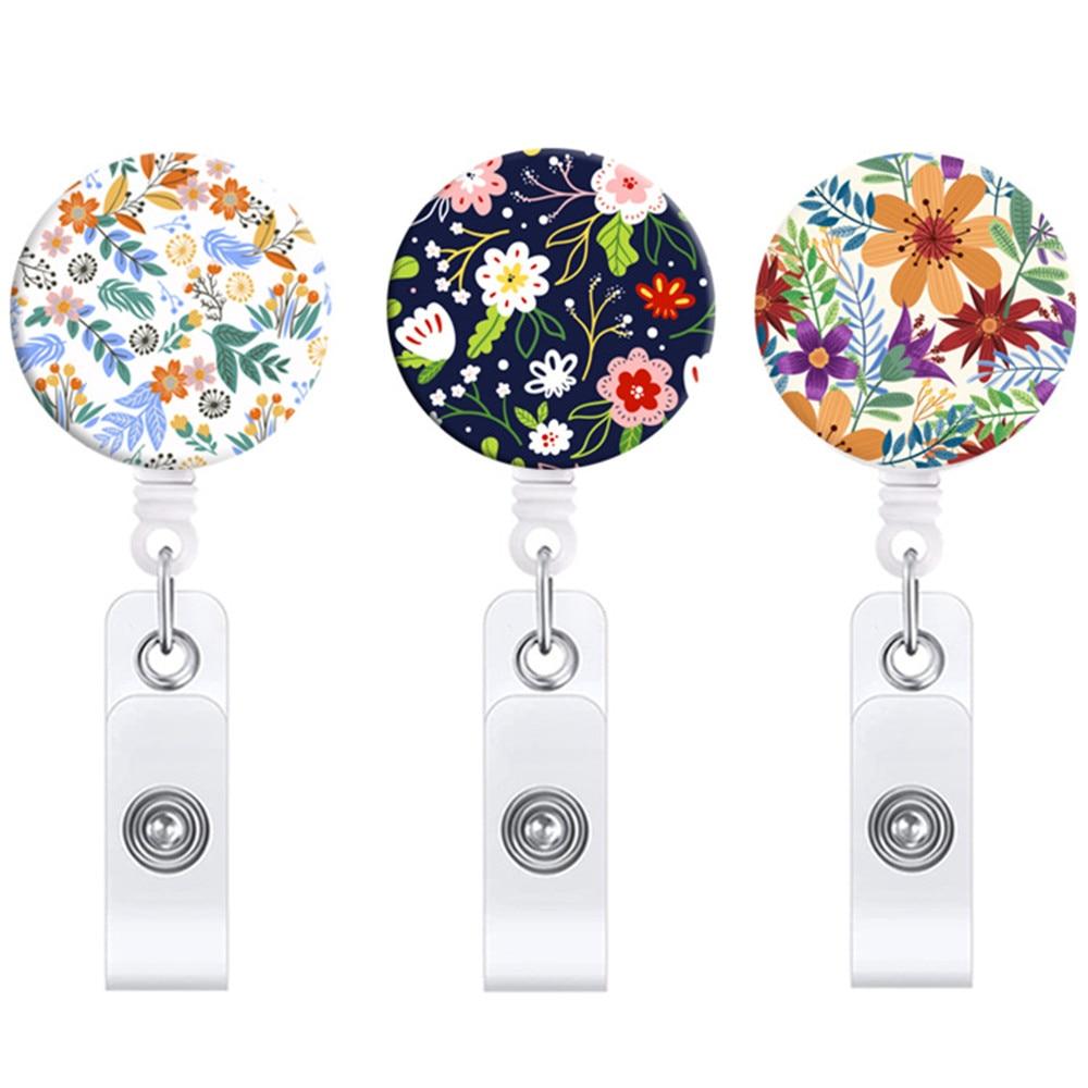 1 Pcs Kawaii Little Flower Retractable Nurse Badge Reel Clip Fashion Badge Holder Students Doctor Vintage ID Card Holder