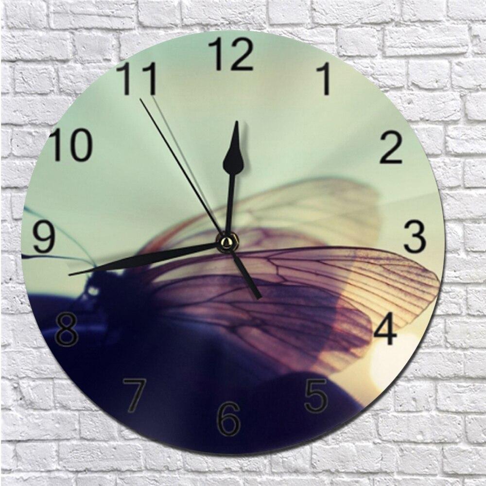 Butterflies Pattern Silent Wall Clocks Numeral Digital Dial Mute Silent Non-ticking Electronic Quartz Clocks Kitchen Clocks