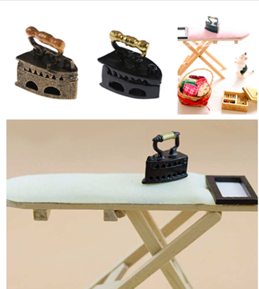 1/12 Iron Ironing Board Doll House Furniture Dollhouse Room Decoration Children Girls Toy Gift Scale 1: 12 Dollhouse Miniature