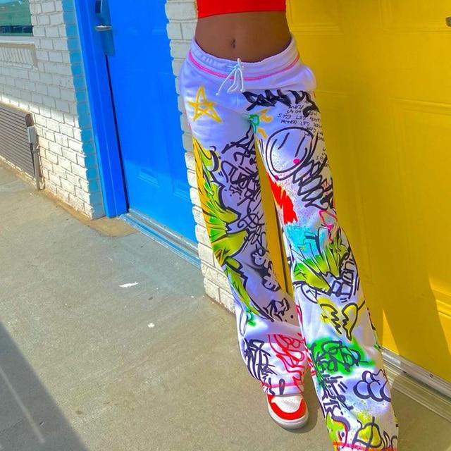 Straight goth pants with graffiti print