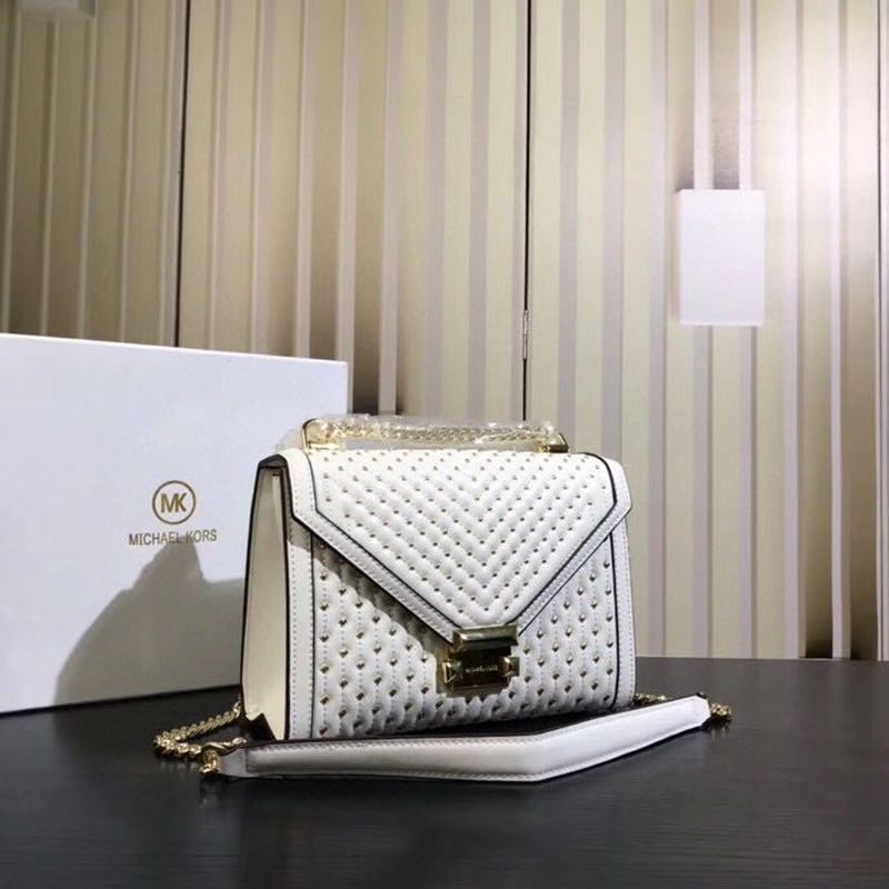 2020 New Ladies Handbag Fashion Genuine Leather Brand Ladies Bag Rivet Crossbody Shoulder Bag Women Bag Chain Small Square Bag