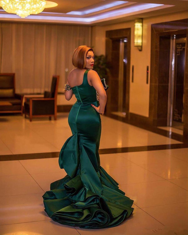 2020 Arabo Aso Ebi Hunter Verde Sexy Abiti Da Sera In Rilievo Dei Sequins Della Sirena Abiti da ballo Una Spalla Convenzionale Del Partito Secondo Recap - 3