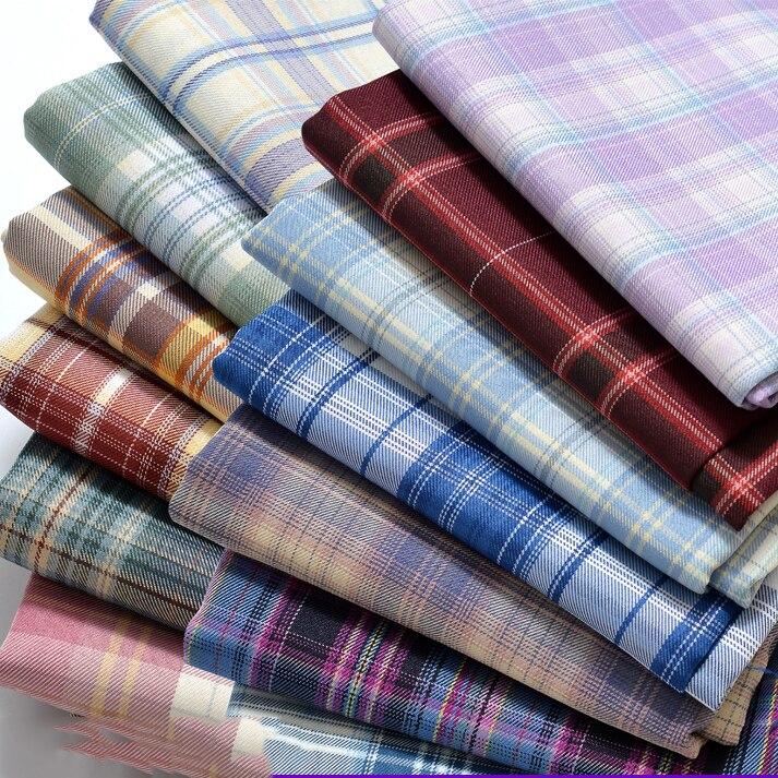 A sarja verifica a tela de pano para sacos de vestuário jk plissado saia uniforme fio de algodão de poliéster tingido xadrez escocesa 140cm x 50cm