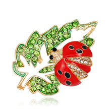 Korean cartoon brooch natural lovely alloy diamond drop maple leaf ladybug corsage spot wholesale