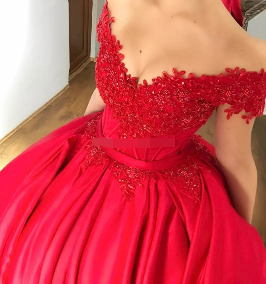 2019 vestidos Off the Shoulder Red Ball Gown Quinceanera Dresses Appliques Beaded Satin Corset Lace Up Prom Dresses Sweet 16