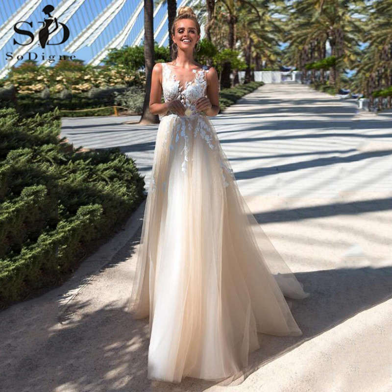 Boho Wedding Dress 2020 A-line Tulle Backless Champagne Bridal Dress Lace Appliques Wedding Bridal Gowns Robe De Mariee
