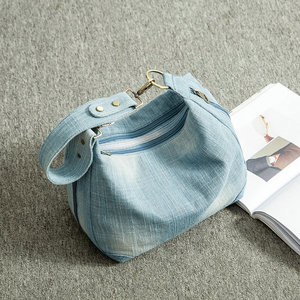 Image 4 - Rdywbu Washed Denim Women Shoulder Bag Casual Vintage Jeans High Quality Big Crossbody Bag Large Tote Handbag Mochila Bolsa B225
