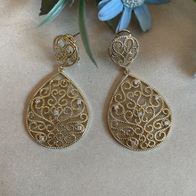 Hollow Out Water Drop Shaped Inlaid Crystal Copper Women Earrings 2021 New Exquisite Style Wedding Attendance Design