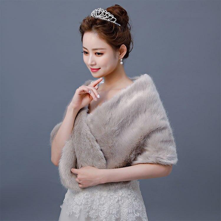 2020 New Wedding Lace Bolero Bridal Cape Winter Evening Dress Mink Hair Covered Arms Autumn Wedding Cheongsam Bridesmaid Coat