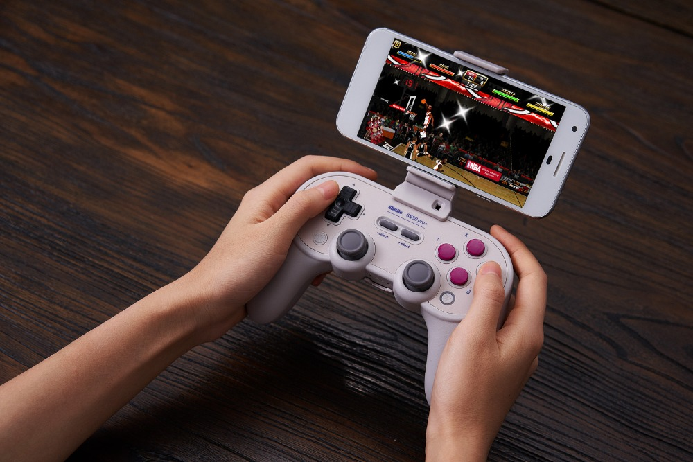 8BitDo Smartphone Clip for SN30 Pro+ Bluetooth Gamepad 16
