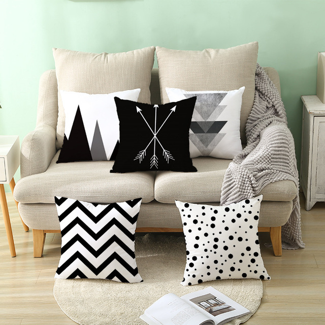 Geometric Patterned Black and White Cushion Cover 3