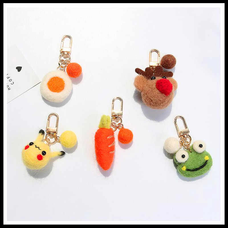 2019 NEW Fashion Cute Airpods Pendant Car Keychains Women Girls Charm Bags key Chain Accessories Lovers Key Ring Wholesale