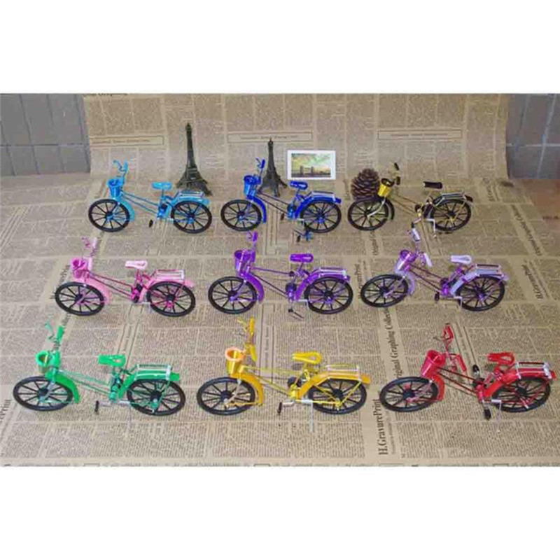 アンティークバイクモデル金属工芸家の装飾ヴィンテージ自転車置物ミニチュア子供のギフトミニクリエイティブ工芸品
