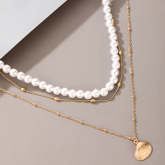 pearl and pendant necklace 5