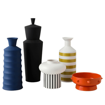 Nordic Contracted Ceramic Flower Vase Home Decoration Modern Art Flower Vase Plant Holder Desk Hydroponics Decor Figurine
