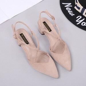 Image 5 - 신발 여성 2020 여름 샌들 여성 스퀘어 하이힐 펌프 여성 샌들 하이힐 신발 숙녀 플록 포인트 발가락 샌들