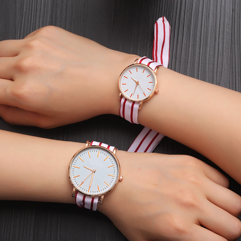 Hot Fashion Lovers Watches Men Women Casual Leather Strap Quartz Watch Women's Dress Couple Watch Clock Gifts Relogi No Bracelet