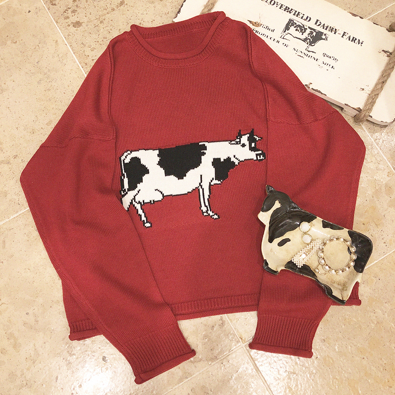 Harajuku Cow Embroidery Sweater Women Vintage Crimping Red Sweater Loose Round Neck Long Sleeve Sweater Cotton Cartoon Sweater