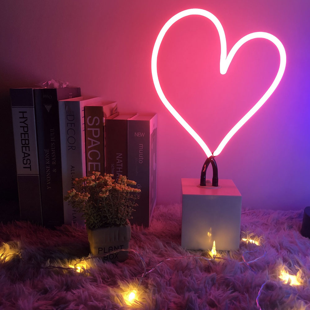 Factory Outlet Customized Heart Neon Sign With Base Kerosene Lamp Sign Witn Neon Lights For Wedding Party Event Festival