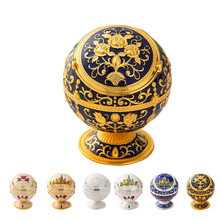Windproof Ash Tray Vintage Zinc Alloy Flower Pattern Globe Cigarette Ashtray Lid Tabletop Portable Home Decor Ashtrays