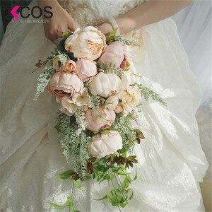 Image 2 - XCOS 2019 Nuovo 4 Stili di Acqua Goccia Cascata Elegante Bouquet Da Sposa Artificiale Carla Rosa Bouquet Da Sposa Bouquet Bianco Mariage