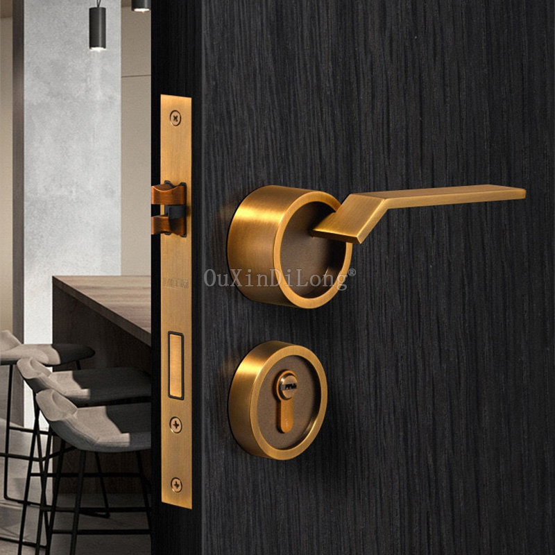 1Set Zinc Alloy Door Lock for Solid Wood Interior Doors Interior Bedroom Door Lock Split Handle Pull Set for 35-50mm Door GF62