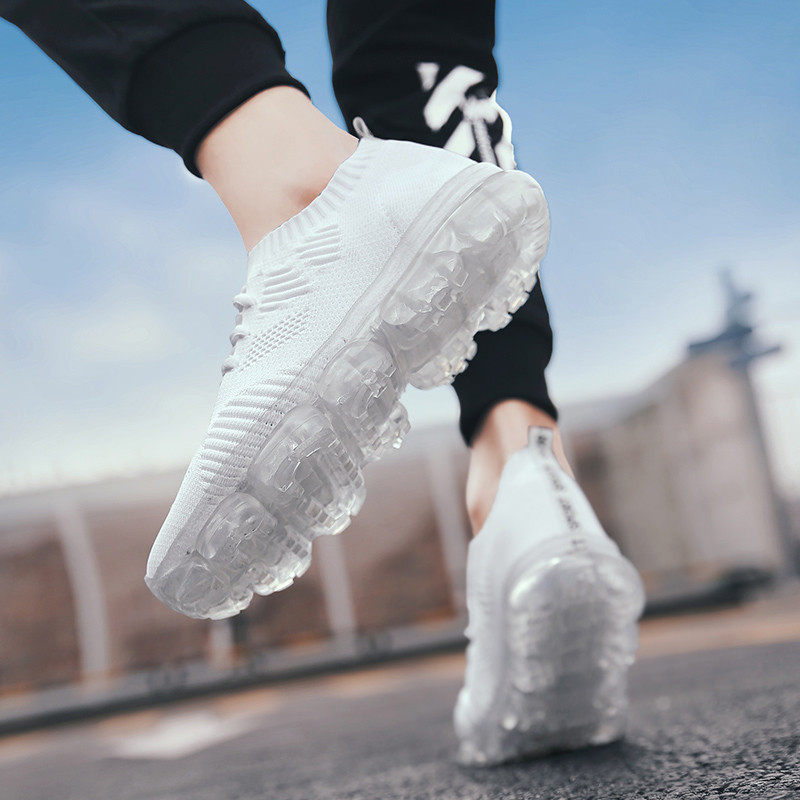 Mens Casual Shoes Hot Sale 2020 Mesh Flyknit Men Sneakers Lace-up Lightweight Comfortable Breathable Hombre Men's Shoes Slip On