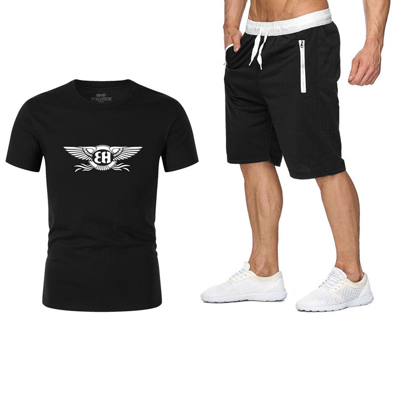 2020 New Wings Printed Men's Suit Summer Sportswear Men's 2 Pieces T-shirt + Shorts Fashion Running Sportswear Casual Men's