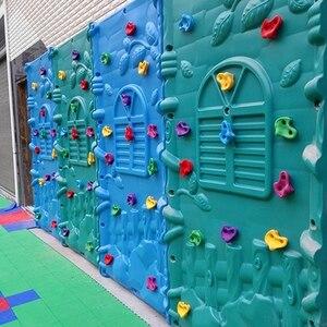Image 2 - 10Pcs מעורב צבע פלסטיק ילדי ילדים רוק טיפוס עץ קיר אבנים יד רגליים מחזיק גריפ ערכות W/ברגים אקראי צבע