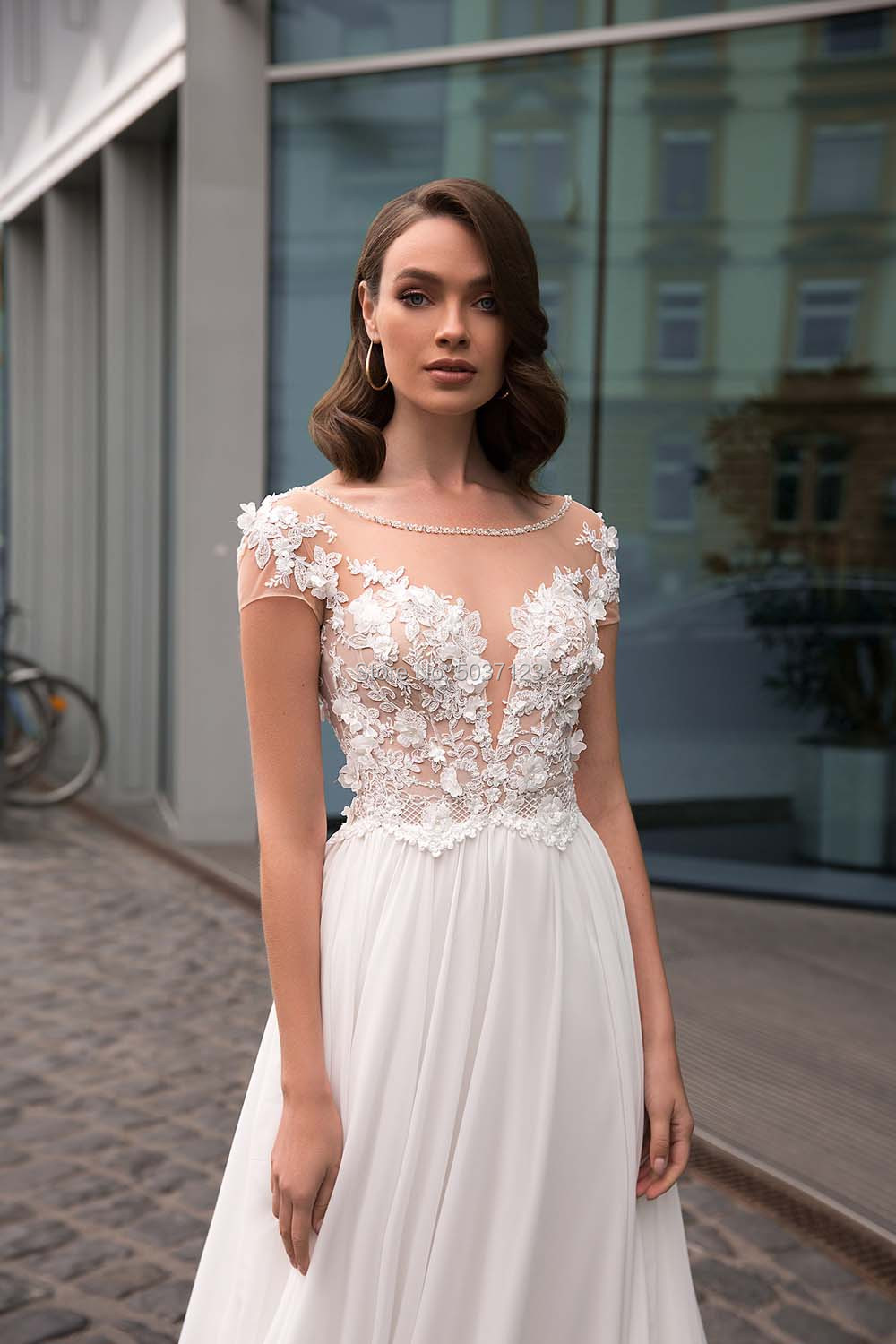 Image 3 - A Line Chiffon Short Sleeves Wedding Dresses Lace Appliques Bridal Gowns Open Back Sweep Train Vestido De Noiva-in Wedding Dresses from Weddings & Events