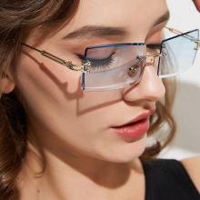 Popular Female Gradient Summer Beach Eyewear Brand Designer Vogue Metal Square Sun Glasses Women Rec