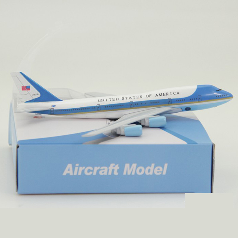 16CM Diecast Aircraft 1:400 airplane Boeing B747-300 model Air Force One landing gear alloy airplane static collectible toys image