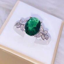 Женское кольцо из серебра 925 пробы с натуральным зеленым бриллиантом