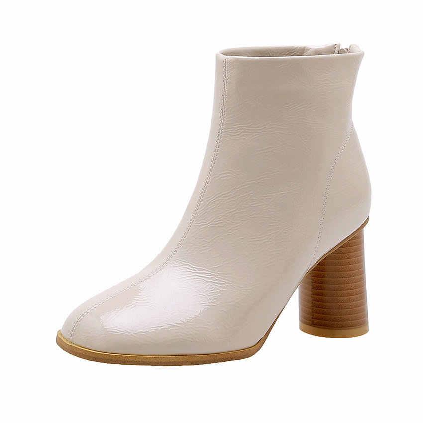 QUTAA 2020 PU Patent Deri Yuvarlak Ayak Fermuar Moda Kadın Ayakkabı Sonbahar Kış Yuvarlak Topuk Tüm Maç yarım çizmeler Büyük Boy 34-43