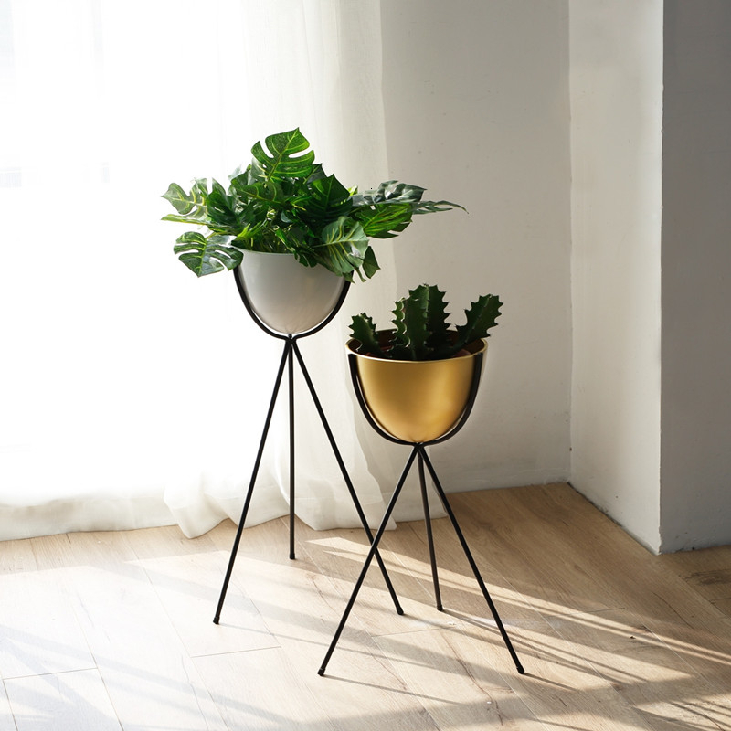 Modern Balcony Decorate A Living Room Indoor Chlorophytum Flower Airs Green Luo Pot Frame To Ground Iron Art  Rack