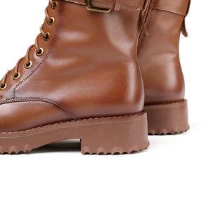 Image 5 - QUTAA 2020 암소 가죽 플랫폼 레이스 업 버클 지퍼 패션 여성 신발 스퀘어 힐 라운드 투 겨울 앵클 부츠 크기 34 42