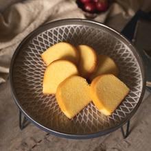 Vintage Industrial Wrought Iron Round Tray Racks Fruit Snack Food Bread Dessert Storage Tray Desktop Decoration Plate