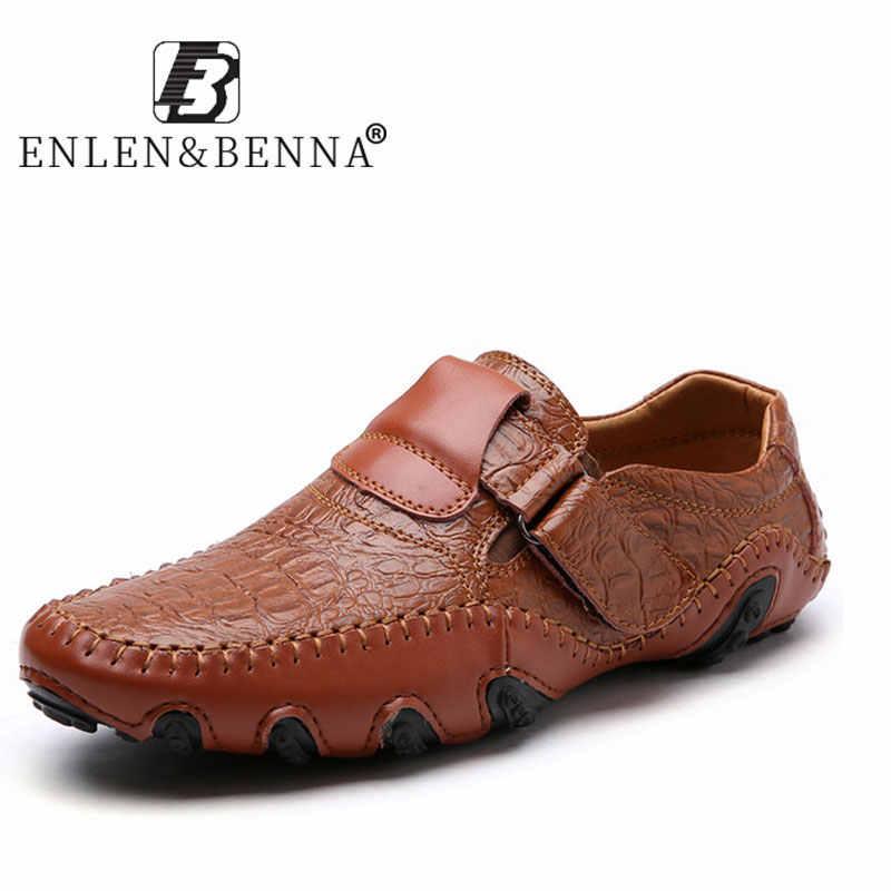 Sıcak satış deri ayakkabı erkekler için rahat su geçirmez Moccasins loafer'lar slip-on ayakkabılar nefes erkek Flats Sneakers 2019 büyük boyutları 48