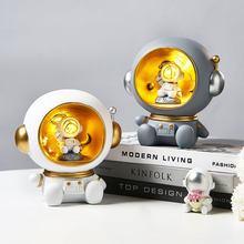 Astronaut Creative Night Light Piggy Bank Resin Decor Cute Character Model Nordic Home Decor Living Room Desk Decoration Gifts