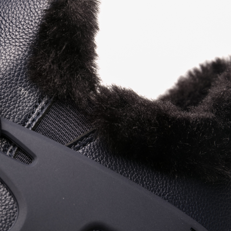 Купить с кэшбэком ONEMIX Winter Running Shoes For Men Ankle Boot Outdoor Sneakers Soft Waterproof Leather Keep Warm Men Snow Boots Walking Shoes