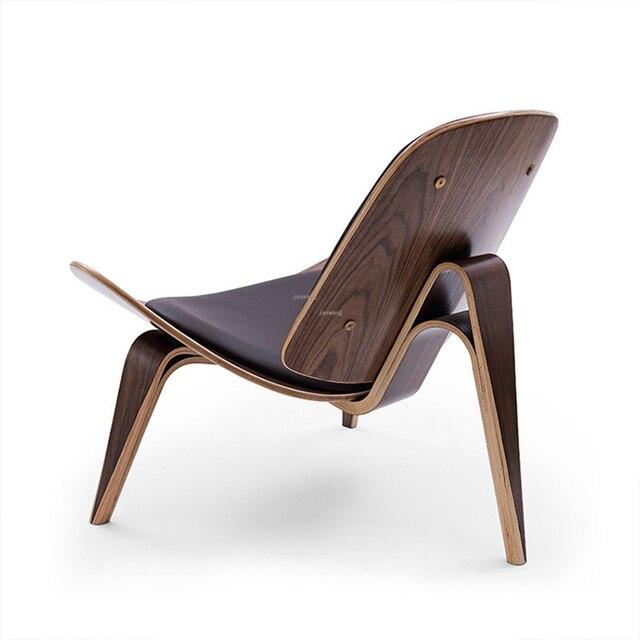 Three-Legged Shell Chair  6