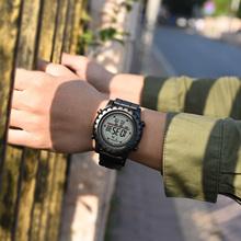 SYNOKE Fashion męski zegarek wodoodporny Alarm LED Sport zegarek męski elektroniczny zegarek na rękę Relogio męski zegarek dla mężczyzn tanie tanio RUBBER 26cm 3Bar Cyfrowy Klamra ROUND 24 6mm 13 7mm Akrylowe Stoper Podświetlenie Repeater Odporne na wodę Wyświetlacz tydzień