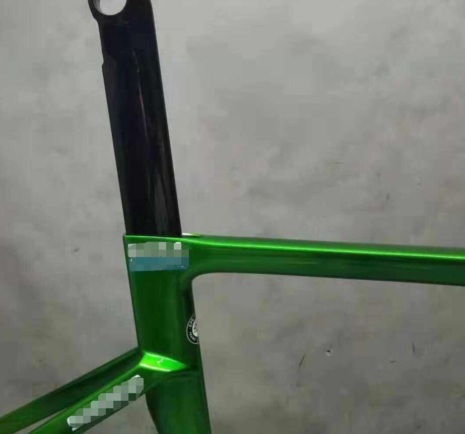 Newest Color Green Yellow Road Bike Carbon Frameset T1100 Glossy Disc Green Carbon Frame UCI Made In Taiwan Supper Light Frame