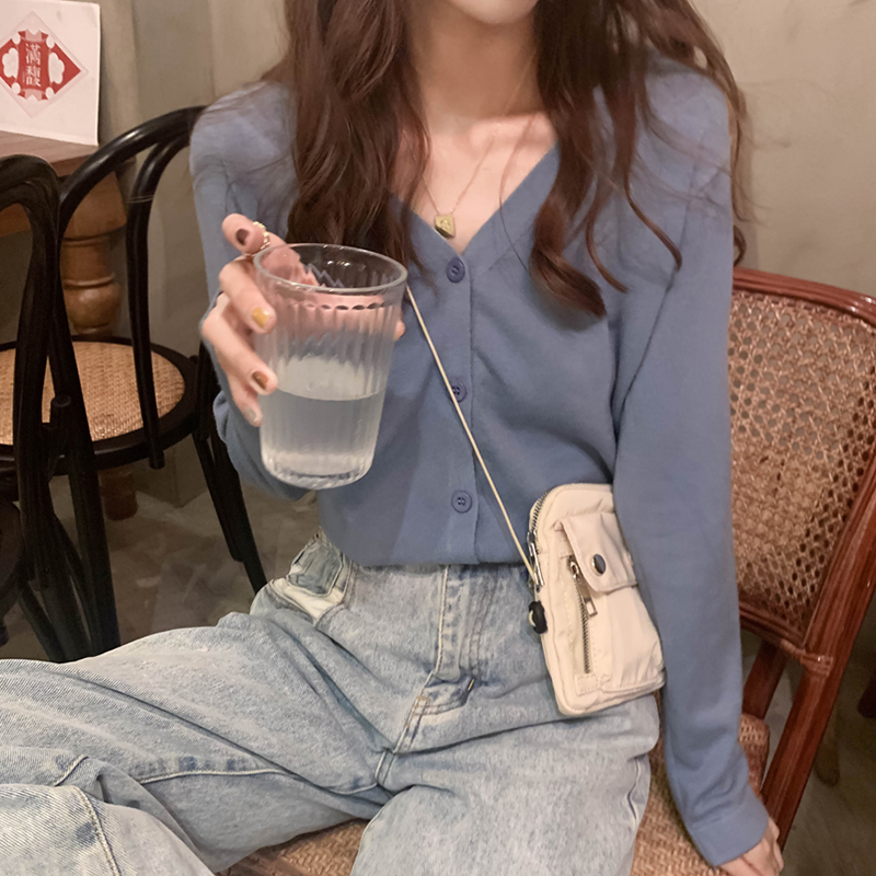 Spring And Summer 2020 Women Button Front Crop Knitted Top V-neck Ribbed Knit Cardigans Crop Knitted Soft Sweater For Women