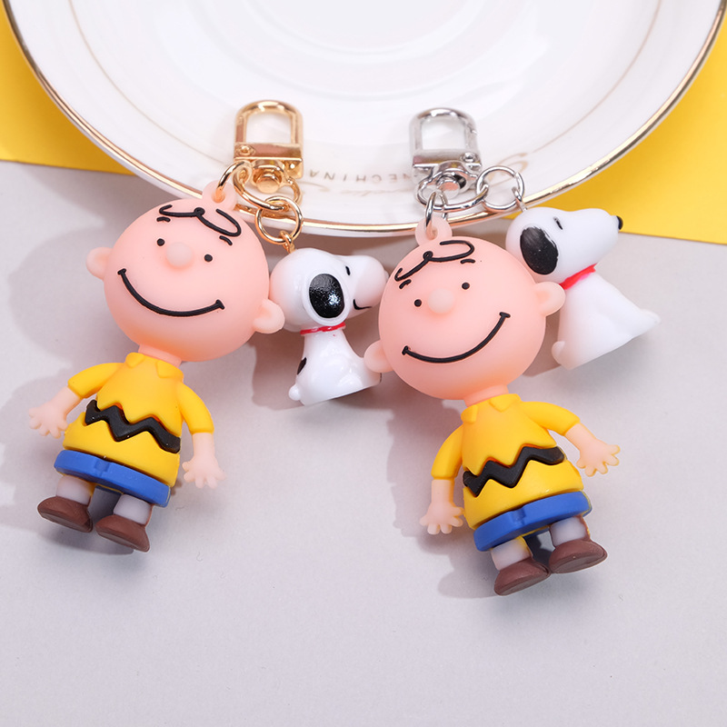 2020 New Caton Snoopy Key Chains Drop Creative Glue Charlie Brown Key Chain Pendant Unisex Package Pendant Small Gift Key Ring